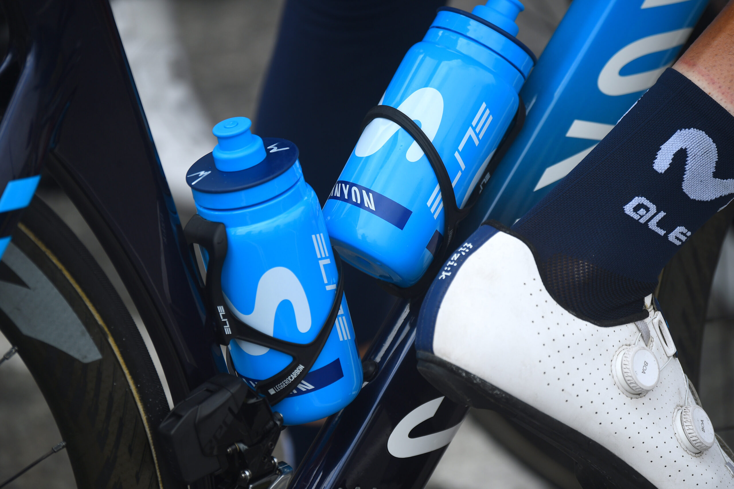 Team Movistar carbohydrates to refuel muscle glycogen stores